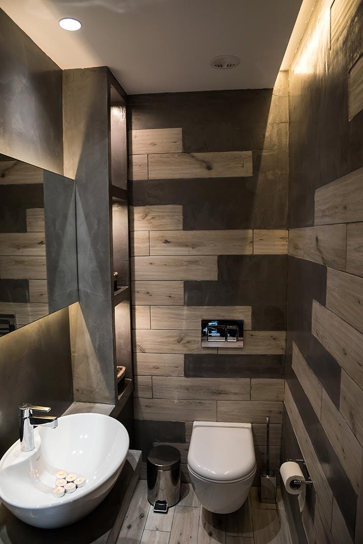 bathroomEuphoriaCenter02
