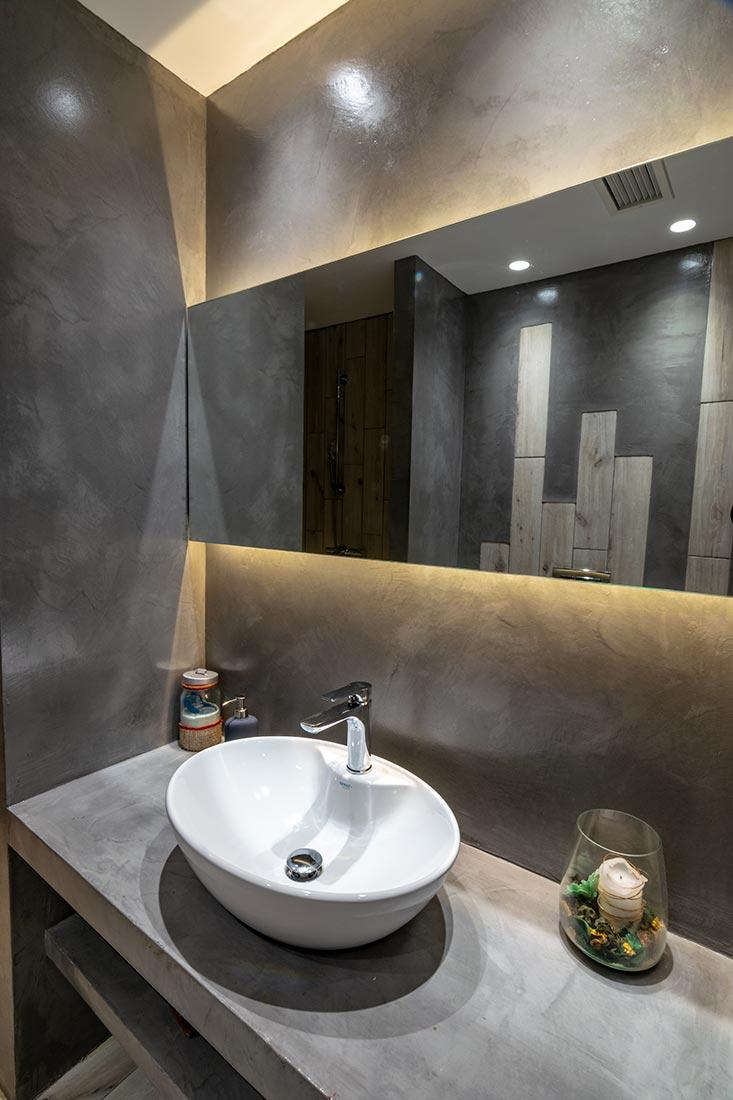 bathroomEuphoriaCenter03